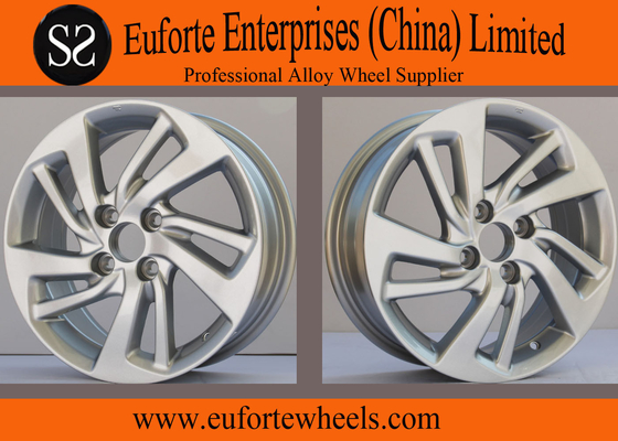 China 15 inch Silver Aluminum Alloy Honda Replica Wheels 4 Hole For Fit distributor
